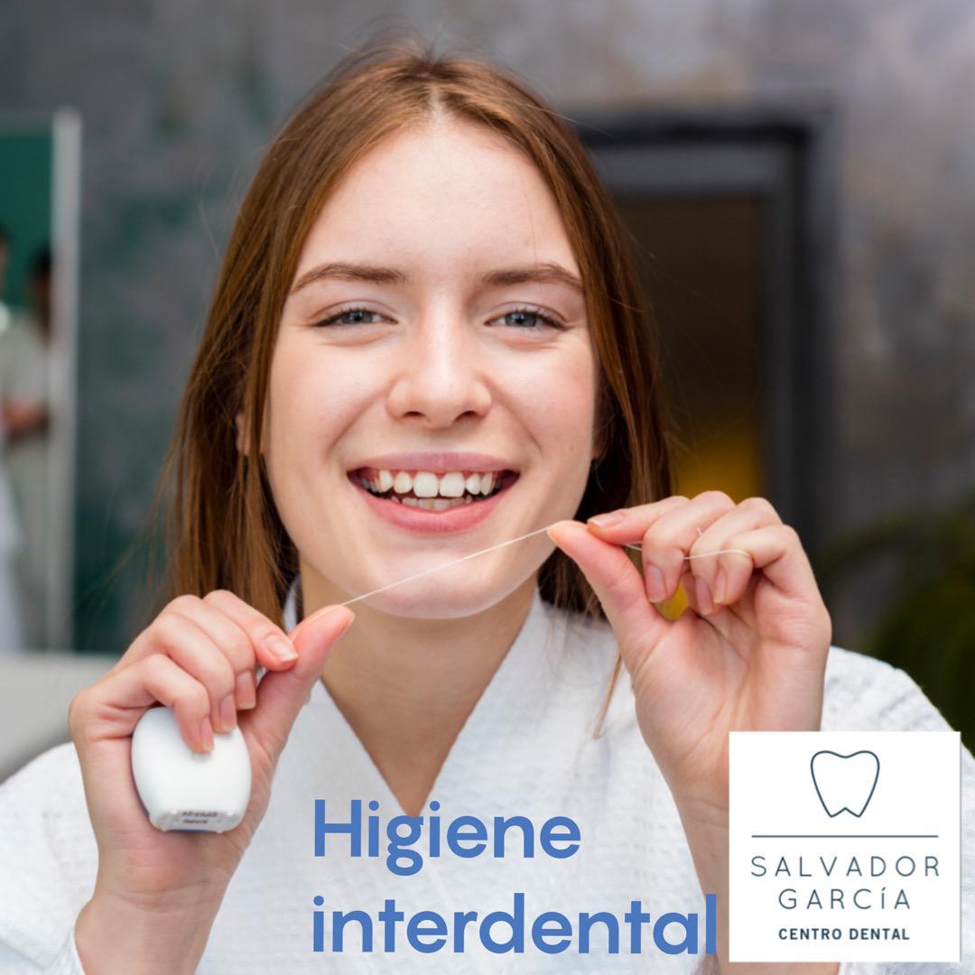 Higiene interdental. Hilo, seda dental, cepillo interproximal. Elige el más adecuado a tus necesidades